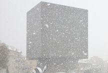 La Tête Carrée - Nice / Sculpture habitée de Sacha Sosno qui accueille l'administration des bibliothèques municipales,