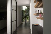 Stalen binnendeur tussen gang en woonkamer