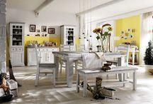 Venkovský styl / Milujete Provance? Možná právě pro Vás je kolekce provenskálského nábytku. Kouzlo a romantika venkovského stylu je přeci neodolatelná :)  Více: http://goo.gl/O07slh