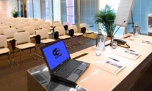 Congress & Meeting / To better organize your event For ll your business needs, the Hotel Imperial has 2 Meeting rooms for 30 to 80 people, both equipped with all hitech facilities. The bar and the restaurant are available for coffe breaks and business lunches.