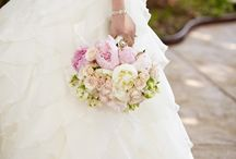 Weddings and Flowers / by Michella Marie