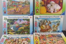 Ravensburger Puzzles / Ravensburger is Europe's leading manufacturer of puzzles, games and activity products, and the leading publisher of children's and youth books in the German-speaking region. The blue triangle is one of the most renowned trademarks in Germany.