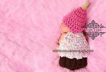 Crafty-Crochet / by Charmaine Bangs