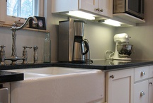 Apron-Front/Farmhouse Style Sinks / Different ways to utilize an apron front sink
