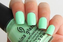 Makeup ideas, tips and tricks & Nail Polish and nail art ideas / Make up and nails / by Denise Hernández
