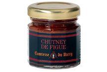 Le chutney selon Comtesse / Pour la fabrication d'un chutney, les figues violettes, par exemple, sont choisies à parfaite maturité et sont préparées selon la tradition dans un mélange de vinaigre et de miel, avec une cuisson à l'ancienne dans des chaudrons de cuivre, par petites quantités et toujours en privilégiant la qualité.