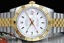 Rolex Turn-O-Graph / Il Rolex Turn-O-Graph Ref. 6202 nasce nel 1953. Caratterizzato da una particolare lunetta girevole graduata, che viene pubblicizzata sia per la sua praticità nell'uso quotidiano che per la capacità di rendere questo modello un compagno di viaggio ideale. Infatti nelle campagne promozionali dell'epoca il 6202…