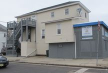 Commercial Triplex FOR SALE In Atlantic City!!! / One Commercial store and two upstairs apartments. Both apartments are 2 bedrooms and 1 bath. Great location. Located on Ventnor Ave. two blocks from beach and boardwalk. Close to public transportation. $28,200 in rental income with commercial unit and one residential unit rented. Multi-year lease on commercial unit. Top unit vacant with lock box attached. Asking - $299,000 - www.ACBoardwalkRealty.com - (609) 345-2062 - Atlantic City, NJ