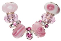 Pretty Pinks / by INM Crystal