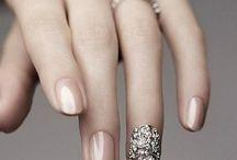 Fingernail Designs / by Jenn Rowse