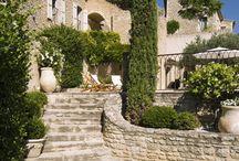 Avignon.