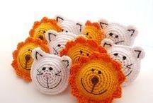 crochet brooch pin
