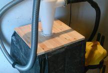 Trash Bin and Dust Catcher / Trash bin and dust catche... или как совместить контейнер для мусора и сепаратор для опилок и стружки. В любой столярной мастерской стоит задача собирать опилки и стружку - в нашем случае мы совместили систему вентиляции и сбора страужки и контейнер для мусора. В пылесос теперь ничего не попадает - все летит сразу в контейнер.