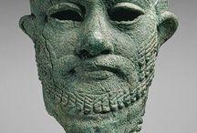 mezopotámia / szobrok, épületek. leletek.