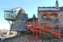 weird houses / by Kathy Woody