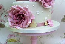 Bröllop-tårta
