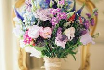Dalhousie Castle - blue and blush / Flower inspiration for a wedding