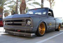 Pickups/Trucks
