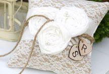 Esküvő (ruha, dekoráció, stb.)