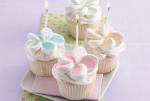 cakes/cupcakes / by Teresa White