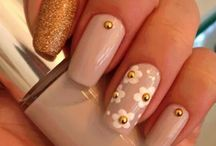 Nail studs and jewels