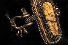 bracelets & bijoux brodés