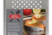 Grill Sensations™ / Grill Sensation™ Pans are designed to be spread out, with space between them providing direct exposure to intense heat so that you get the charred, caramelized, slightly smoky taste of perfectly grilled food. Our pans provide a broad cooking surface and a large amount of holes. This hole design allows for as much direct contact with the flame, without losing any of your food through your grill grates, thus maximizing the ideal brown and caramelization.