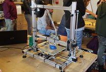 Stampante 3D / Stampante che stampa la plastica