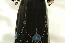 historical costume / Fashion, clothing, & accessories from across the ages / by Dawn G