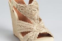 Shoes / by Celia Bouton