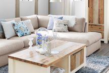 salon tafels / Salontafels zijn ideaal voor zaken die u binnen handbereik wilt houden wanneer u op de bank ontspant, zoals een kopje koffie en een schaal met lekkers.