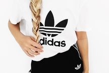 sportos ruhák