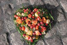 Afscheidsbloemen@Repelsteeltje / Afscheidsbloemen voor tijdens een uitvaart of herdenking. Repelsteeltje bloemen & planten, verzorgt het allemaal