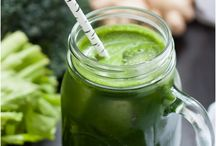 Green Juices / by Paola Sanchez Fotografía