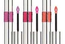 Shades of Pink / Lipstick & Lipgloss Cosmetics