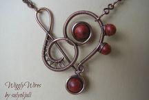 Zenész ékszerek