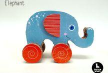 CARDBOARD TOYS NEW GEN / Amazing handmade cardboard toys.