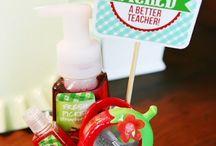 Gift ideas for Teacher's Day