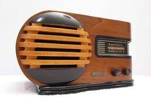Radios / Radios