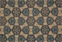 NEUTRALS / Neutral toned rug