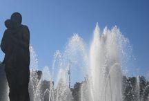 Barcellona! / Il genio di Gaudì, le Ramblas, la gioia e i colori di questa splendida città!