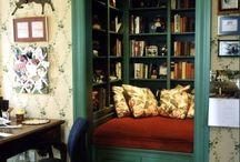 Book nook & bookshelf