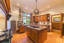 Cool kitchens / Property for sale in Cornwall with cool kitchens.