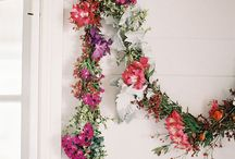 C E R E M O N Y / Ceremony styling | Large arrangements | Garlands | Pew ends
