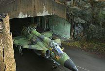 SAAB J-37