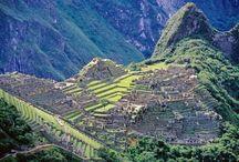 Perù / visita della parte classica del Perù: la costa pacifica, le linee Nasca, il Lago Titicaca, Cusco e dintorni, il sito archeologico di Machu Picchu.