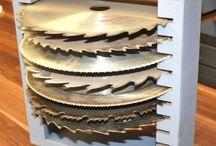 circular saw blade holder
