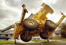 Crane Accident / Please visit our website for more information about ‪#‎HeavyEquipment‬ http://ow.ly/Dsyhj