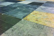 ideas for the terras / terras and outdoor sitting areas :  tiles and decorative gravel