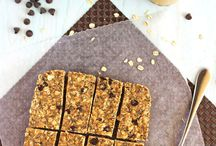 Healthy Snack Bars / Grab some on-the-go snacks with one of these healthy homemade snack bars and granola bars